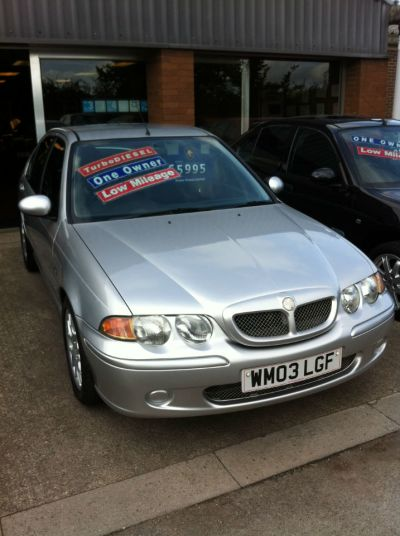 MG ZS 2.0 TD 115 + 4dr Saloon Diesel SilverMG ZS 2.0 TD 115 + 4dr Saloon Diesel Silver at Hursley Hill & SMG Bristol