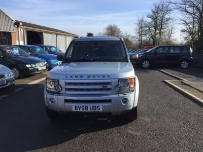 Land Rover Discovery 2.7 Td V6 HSE 5dr Auto Estate Diesel Silver at Hursley Hill & SMG Bristol